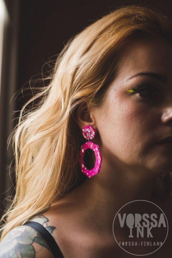 hot pink glitteri